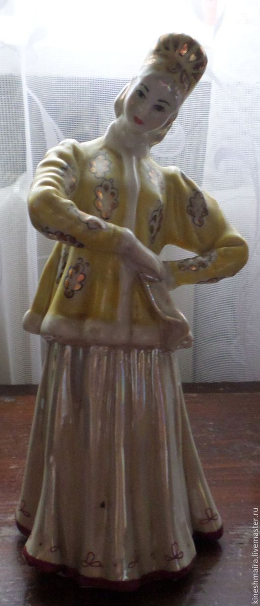 Винтажные предметы интерьера. Ярмарка Мастеров - ручная работа. Купить «Статуэтка фарфор Плясунья Дулево девушка». Handmade. Фарфоровая статуэтка