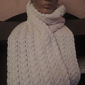 Аксессуары ручной работы. Ярмарка Мастеров - ручная работа Белый шарф с косами (двухсторонний узор). Handmade.