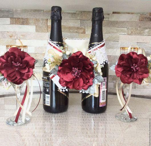 Свадебные аксессуары ручной работы. Ярмарка Мастеров - ручная работа. Купить Свадебный набор для бокалов и бутылки. ( цвет Марсал). Handmade.