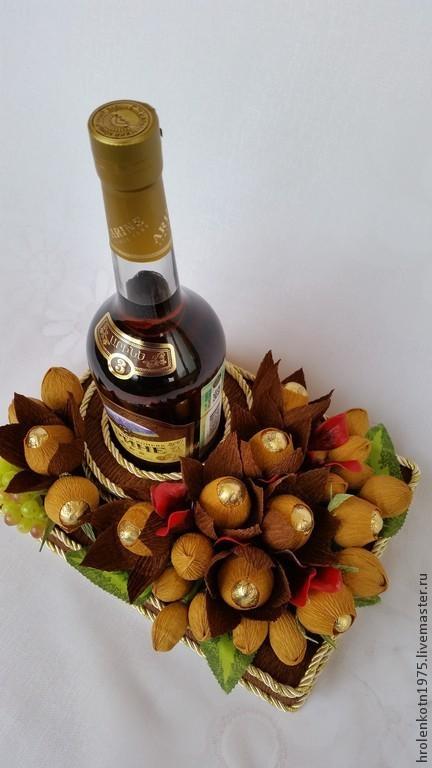 """Букеты ручной работы. Ярмарка Мастеров - ручная работа. Купить Оформление бутылки """" В подарок"""" для мужчины. Handmade. Разноцветный"""