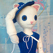 Куклы и игрушки ручной работы. Ярмарка Мастеров - ручная работа Вязаная шарнирная кукла-кошка. Handmade.