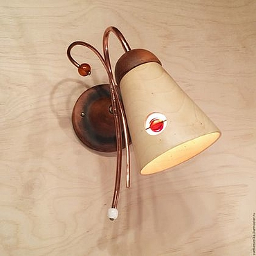 Для дома и интерьера ручной работы. Ярмарка Мастеров - ручная работа Настенный светильник из дерева и керамики (диаметр 13 см). Handmade.