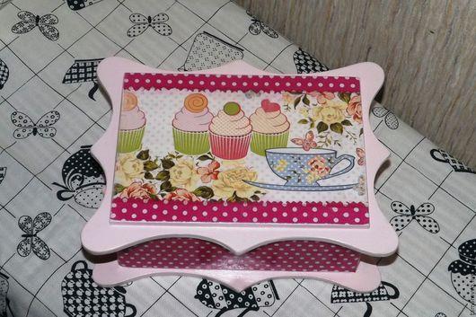 """Шкатулки ручной работы. Ярмарка Мастеров - ручная работа. Купить """"Десерт"""" коробка для конфет. Handmade. Розовый, шкатулка декупаж, акрил"""
