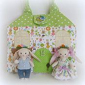 Куклы и игрушки ручной работы. Ярмарка Мастеров - ручная работа Домик-сумочка для зайчиков. Handmade.