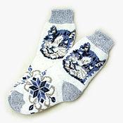 Аксессуары ручной работы. Ярмарка Мастеров - ручная работа Шерстяные носки с котом. Handmade.