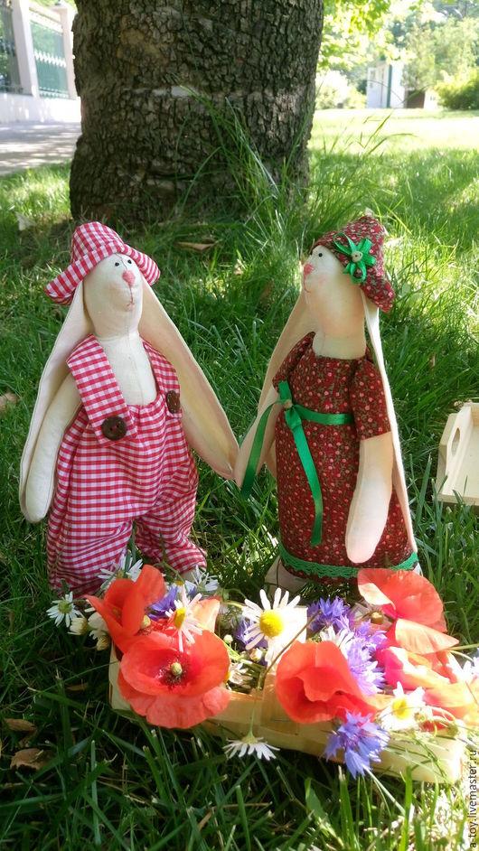Куклы Тильды ручной работы. Ярмарка Мастеров - ручная работа. Купить Зайцы летние. Handmade. Бордовый, купить зайца тильда