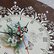 """Для дома и интерьера ручной работы. Ярмарка Мастеров - ручная работа Часы настенные круглые """"Запах ландышей пью, пьянея..."""". Handmade."""