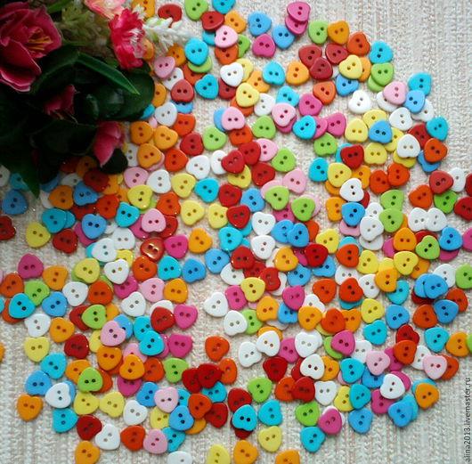 Пластиковые пуговицы Сердечки 11мм,цвет микс