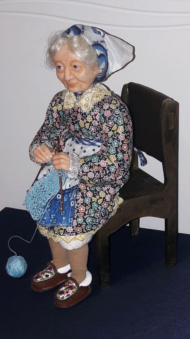 Бабуля вязальщица, Портретная кукла, Саратов,  Фото №1