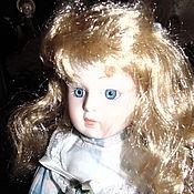 Винтажные куклы ручной работы. Ярмарка Мастеров - ручная работа Фарфоровая кукла в голубом. Handmade.