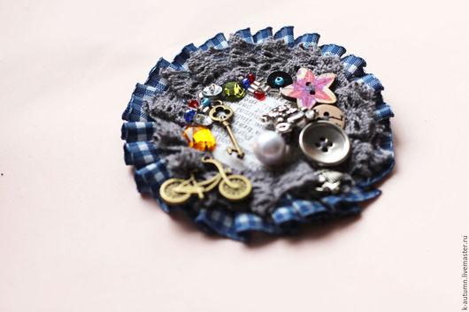 """Броши ручной работы. Ярмарка Мастеров - ручная работа. Купить Брошь текстильная """"Из бабушкиного сундука"""". Handmade. Брошь"""