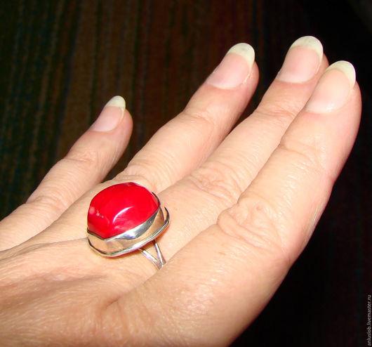Серебряное кольцо с красным кораллом Вишенка. Слободская Любовь. Ярмарка мастеров. Anluslob.