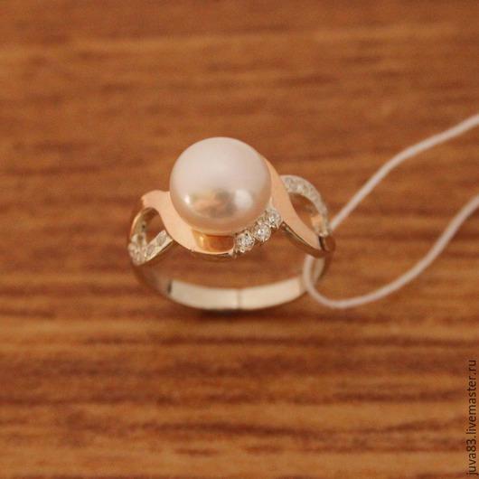 Кольца ручной работы. Ярмарка Мастеров - ручная работа. Купить Серебряное кольцо Жемчужина с золотыми накладками, серебро 925. Handmade.