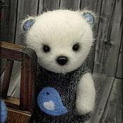 Куклы и игрушки ручной работы. Ярмарка Мастеров - ручная работа Карманный мишка тедди с птичкой. Handmade.