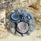 """Украшения ручной работы. Ярмарка Мастеров - ручная работа """"Туман над рекой"""" брошь бохо цветок синий серый. Handmade."""