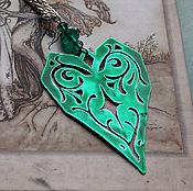 """Украшения ручной работы. Ярмарка Мастеров - ручная работа Кулон """"Зеленое сердце"""". Handmade."""