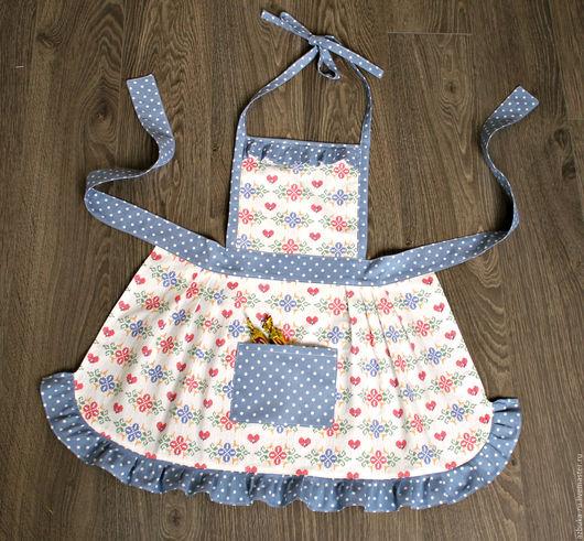 """Кухня ручной работы. Ярмарка Мастеров - ручная работа. Купить Фартук для девочки """"Мамина помощница"""". Handmade. Фартук для девочки"""
