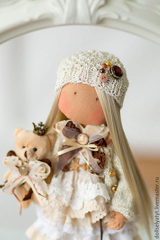 Коллекционные куклы ручной работы. Ярмарка Мастеров - ручная работа. Купить KAROLINA. Handmade. Бежевый, кукла, стразы, акриловая пряжа