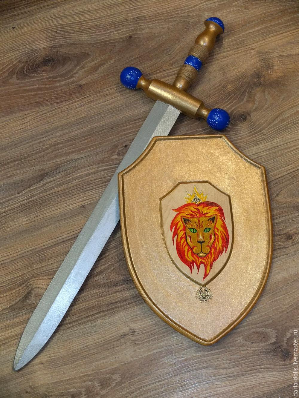 Как сделать меч и щит из дерева