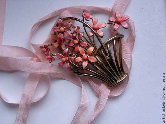 Винтажные украшения. Ярмарка Мастеров - ручная работа. Купить Если б каждый день нам нес цветы. Handmade. Коралловый