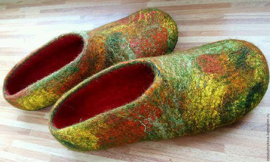 """Обувь ручной работы. Ярмарка Мастеров - ручная работа. Купить Тапочки """"Осень"""". Handmade. Тапочки, тапочки из шерсти, подарок, осень"""