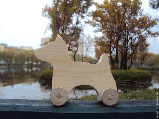 Собака-каталка(средняя), деревянная игрушка ручной работы.