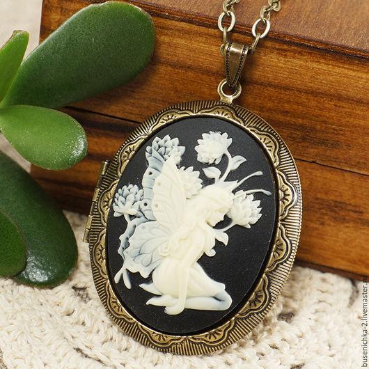 Кулоны, подвески ручной работы. Ярмарка Мастеров - ручная работа. Купить Медальон Камея Фея цветов (30х40мм). Handmade.
