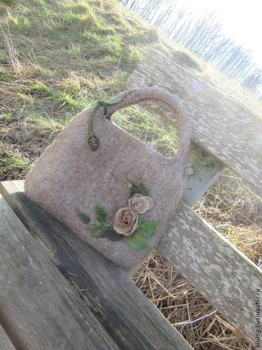 Женские сумки ручной работы. Ярмарка Мастеров - ручная работа. Купить Розы на счастье -валяная  сумка на каждый день, красивая  сумка ручной. Handmade.