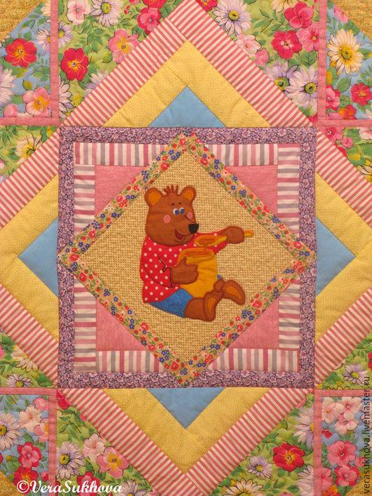 Аппликация мишка-сладкоежка. Лоскутное покрывало для девочки, детское  лоскутное одеяло