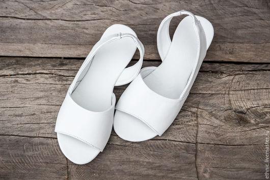 Обувь ручной работы. Ярмарка Мастеров - ручная работа. Купить Сандалии из натуральной кожи Chloe . Кожаные сандалии. Handmade. Белый