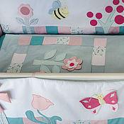 """Комплект в кроватку """"Бабочки-цветочки"""""""