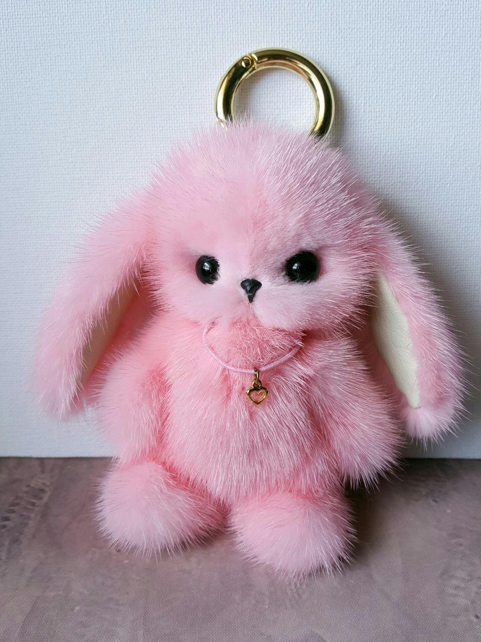Сшить брелок заяц из меха