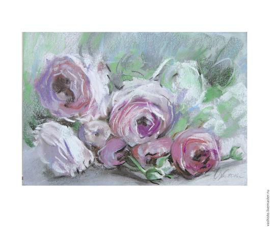 Небольшая картина цветов выполненная пастелью. Чайные розы в стиле шебби. Пастель отличается мягкостью передачи фактуры и матовостью поверхности.