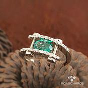 Украшения handmade. Livemaster - original item Gold ring Emerald (gold, emerald, diamonds). Handmade.