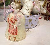 Подарки к праздникам ручной работы. Ярмарка Мастеров - ручная работа Колокольчик Дети зимой деревянный. Handmade.