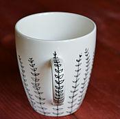 Посуда ручной работы. Ярмарка Мастеров - ручная работа Кружка с веточками, кружка с растительным рисунком. Handmade.