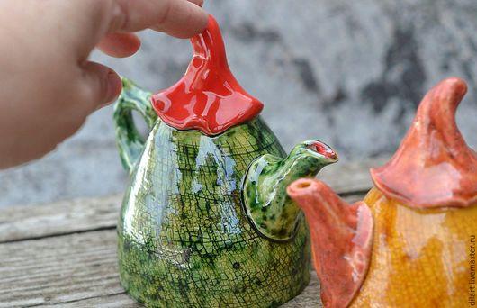 Колокольчики ручной работы. Ярмарка Мастеров - ручная работа. Купить Керамический колокольчик Чайник. Handmade. Зеленый, коллекционный колокольчик, чайник