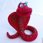"""Куклы и игрушки ручной работы. Ярмарка Мастеров - ручная работа Змея """"Кобра"""" с вышивкой. Handmade."""