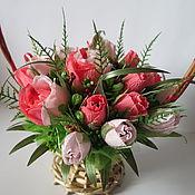"""Съедобные букеты ручной работы. Ярмарка Мастеров - ручная работа Букет из конфет """"Корзина роз"""". Handmade."""