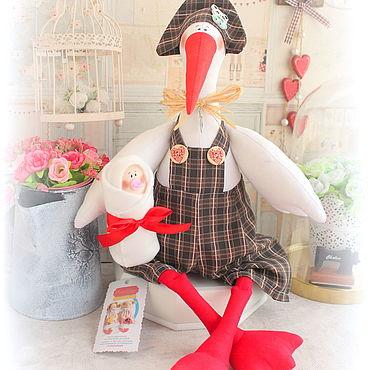 Куклы и игрушки ручной работы. Ярмарка Мастеров - ручная работа Аист BIG SIZE с девочкой. Handmade.