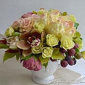 Цветы и флористика ручной работы. Ярмарка Мастеров - ручная работа Букет с пионом и орхидеями из полимерной глины. Handmade.