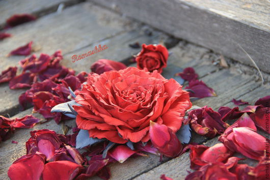 Роза из фоамирана `Опаленная солнцем` Все лепестки тонированы вручную.Крепление на выбор.Работа Покусаевой Марины(Romashka)