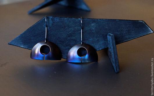 Серьги ручной работы. Ярмарка Мастеров - ручная работа. Купить Титановые серьги (коллекция PROSTOTA). Handmade. Синий, серебряные швензы