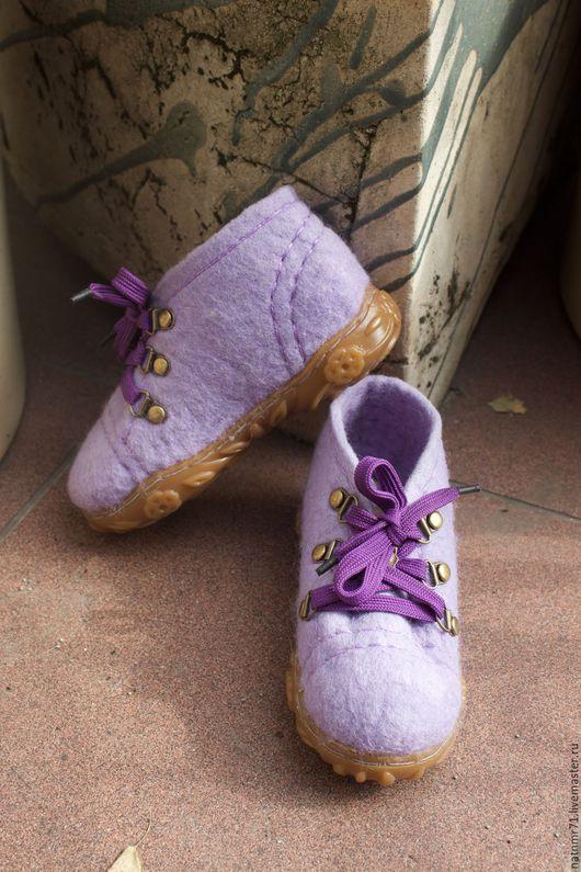 Обувь ручной работы. Ярмарка Мастеров - ручная работа. Купить Ботиночки лесной феи. Handmade. Сиреневый, ручная работа, детская