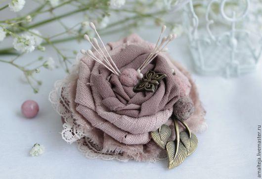 """Броши ручной работы. Ярмарка Мастеров - ручная работа. Купить Брошь """"Пыльная роза"""". Handmade. Брошь, брошь в форме цветка"""