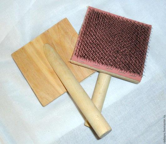 Другие виды рукоделия ручной работы. Ярмарка Мастеров - ручная работа. Купить Чески для расчесывания шерсти и пуха. Handmade. Бежевый