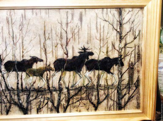 Животные ручной работы. Ярмарка Мастеров - ручная работа. Купить Картина на бересте Лоси на болоте. Handmade. Картина на бересте, болото