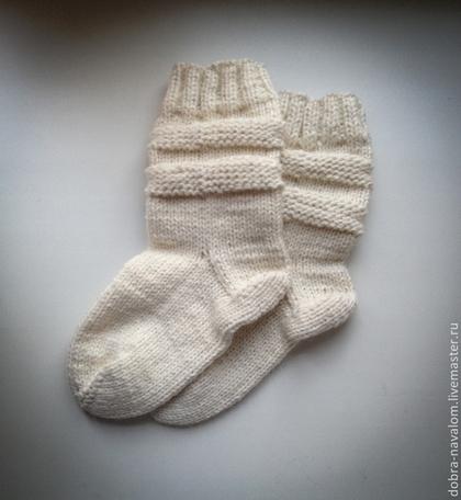 Носки, Чулки ручной работы. Ярмарка Мастеров - ручная работа Белые высокие носочки. Handmade.