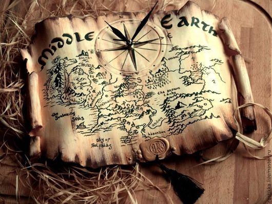 """Часы для дома ручной работы. Ярмарка Мастеров - ручная работа. Купить Настенные часы """"Карта Средиземья"""". Handmade. Бежевый, гномы"""