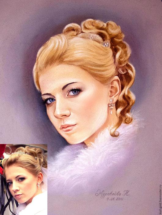 Портрет по фото написан сухой пастелью.